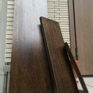 【DIY】ツヤが良い!普通の板にオイルステインとブライワックスを塗ってアンティーク板を作りました!
