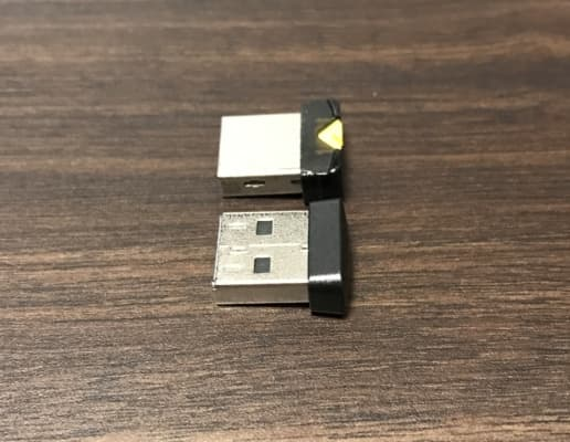 USBメモリの奥行比較